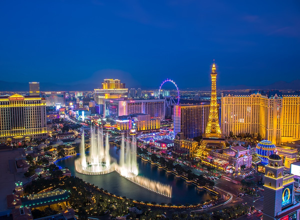 5 Fun Ideas to Celebrate Your Birthday in Vegas!