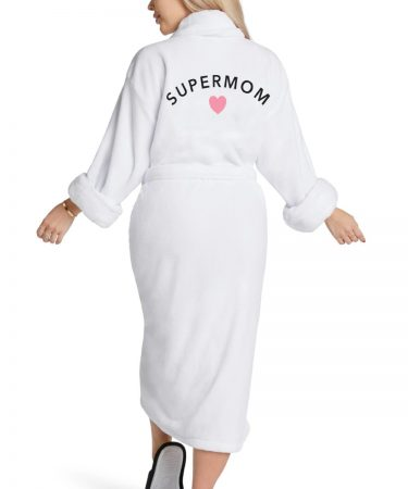 Plush-robes-white-supermom-same-day-flower-delivery-in-las-vegas